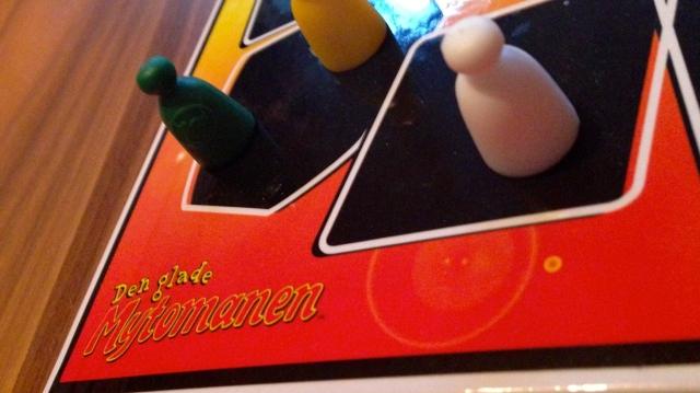 den glade mytomanen brädspel spelglädje sällskapsspel