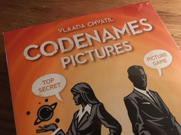 codenames pictures brädspel spelglädje sällskapsspel